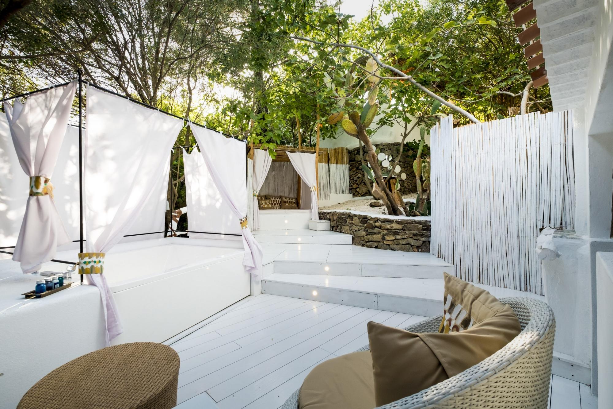 Wild Suite, Su Gologone, Sardegna, Treehouses